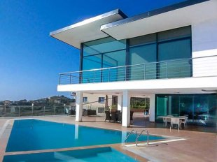 Property in Alanya - Villa in Alanya –American Style on the European Coast