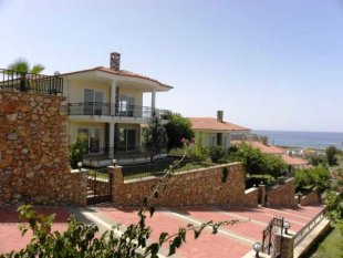 Property in Alanya - Villa in Alanya – Double Benefit: of Living within a Complex But in Privacy